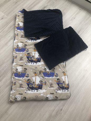 Spiworek z poduszeczką dla chlopca