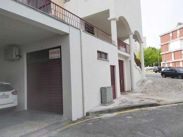 Vende-se garagem/ escritório Centro de Viseu