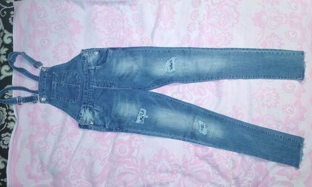 Комбінезон джинсовий на дівчинку