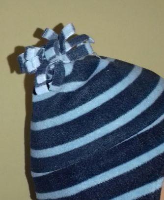 98-104 czapka zimowa GAP polarowa z pomponem Warszawa - image 1