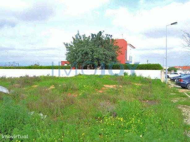 Lote De Terreno Para Construção De Moradia Isolada Com Pi...