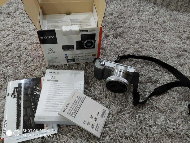Aparat fotograficzny sony alfa 5000 jak nowy