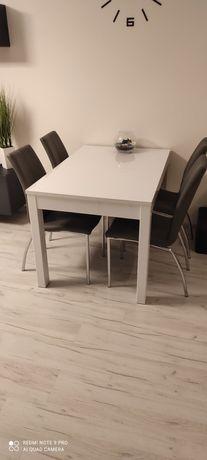Stół rozkładany, 4 krzesła, komplet