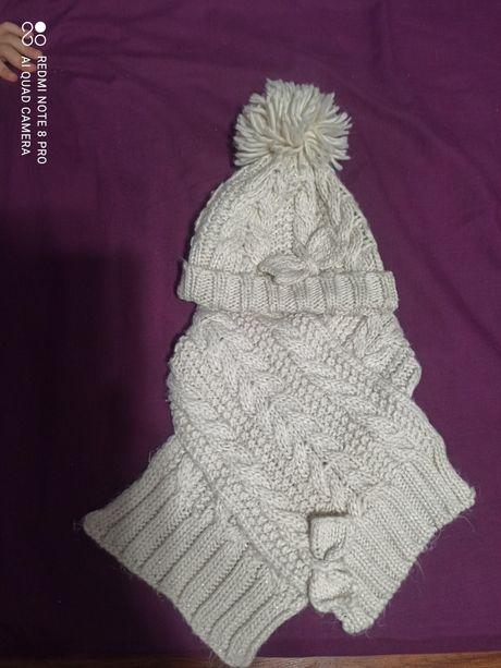 Набір шапка і шарф на рік демісезонні