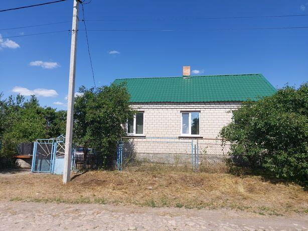 Продам  дом в пгт  Компанеевка