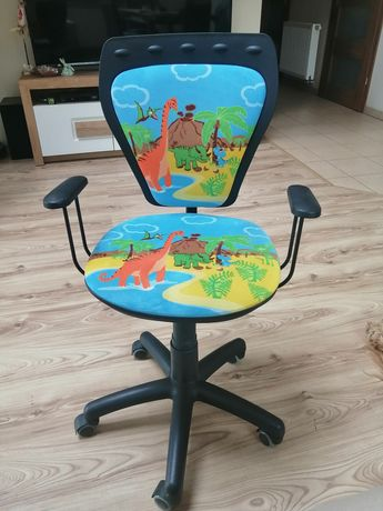 Krzesło dziecięce do biurka