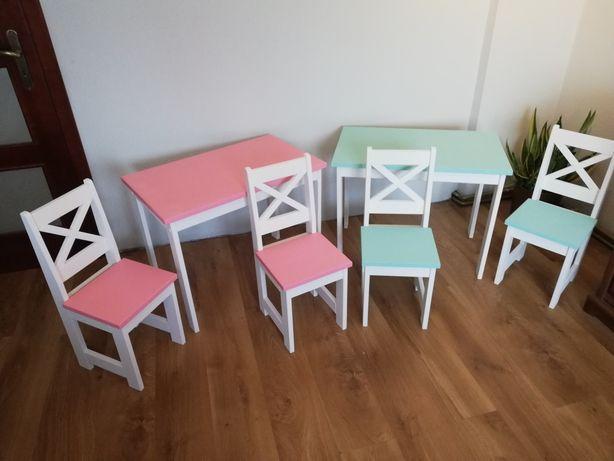 Mebelki. Krzesłka i stolik. Junior.