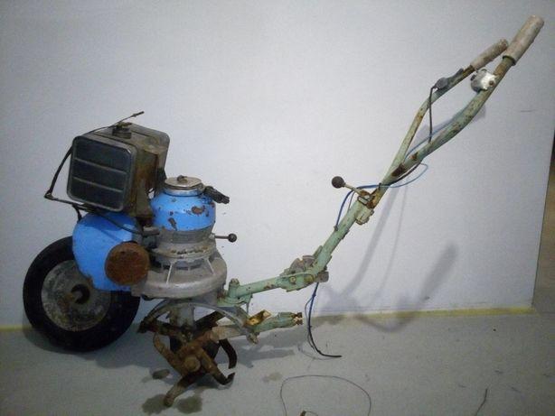 Glebogryzarka spalinowa WSK Mrówka M8-125B 1969r