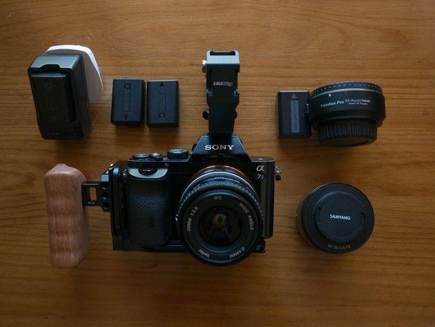 Sony alpha A7s - com lentes e rig