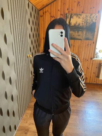 Adidas женская