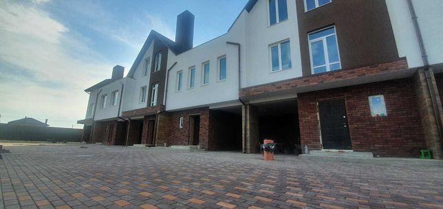 Продажа дома в таунхаусе 167м2 с кирпича. Акционная цена. 3км от Киева