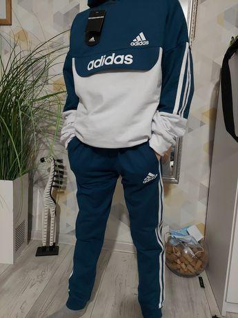 Продам детский спортивный костюм Adidas