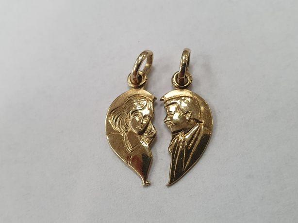 Złoty wisiorek damski/ ludzkie twarze w sercu/ 333/ 2 gram/ sklep