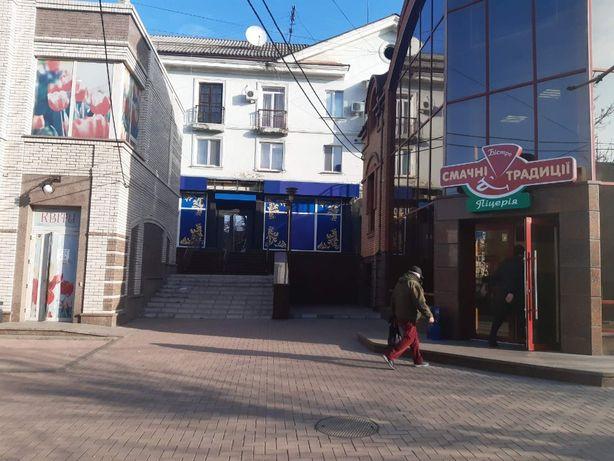 Сдам нежилое ПОМЕЩЕНИЕ ПОД МАГАЗИН, 120 кв м в центре Кропивницкого.