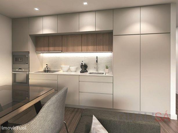 Apartamento T4 com garagem para duas viaturas em prédio n...