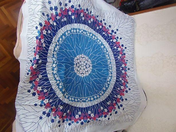 Новые цветные льняные скатерти. 150 на 150 см
