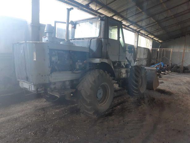 Трактор погрузчик Т-156