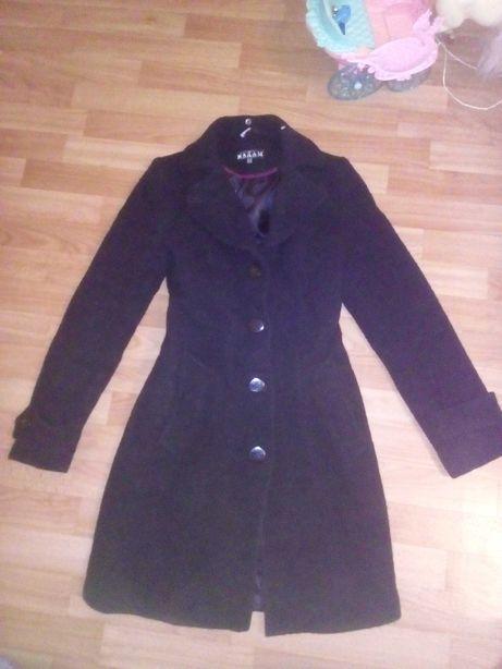 Пальто класическое чёрное зимнее