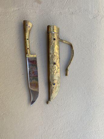 Tradycyjny nóż Uzbecki