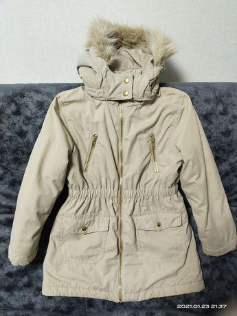Демисезонная куртка на 4-6 лет