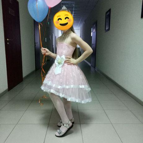 Нарядное праздничное платье, платье на выпускной, возраст 5-7 лет