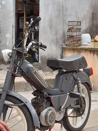 Mobilete motobecane