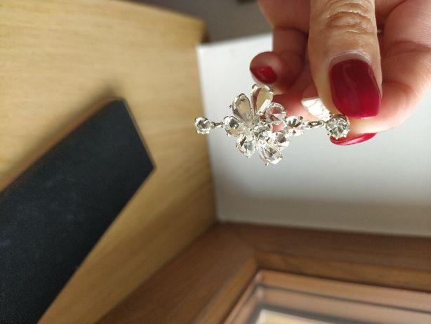 Biżuteria ślubna kolczyki i bransoletka