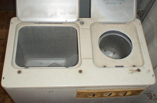 Стиральная машина полуавтомат с отжимом