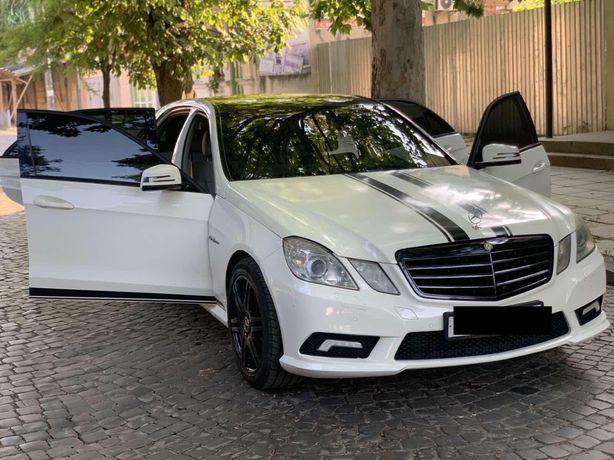 Mercedes benz E 2.0 бензин, AMG Оптика.