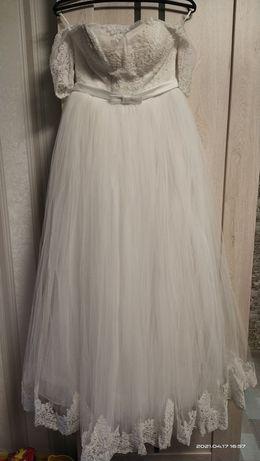 Платье свадебное 46р, не венчаное