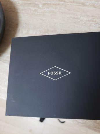 Часы Fossil 50$