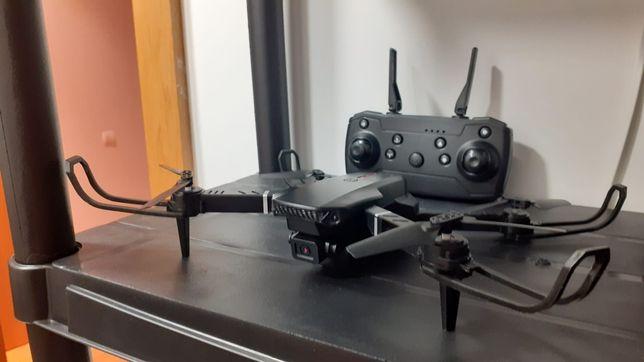 Drone Modelo E88
