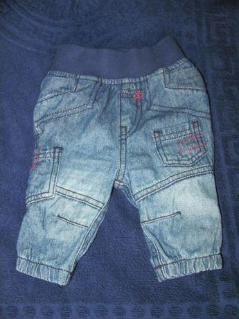 Стильные джинсы на модника 1-3 мес. Размер 56