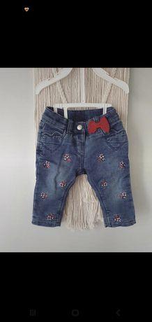 Spodnie jeansy haftowane c&a 68