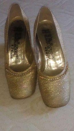 Calçados mulheres, ouro colorido, tamanho 38 USADO