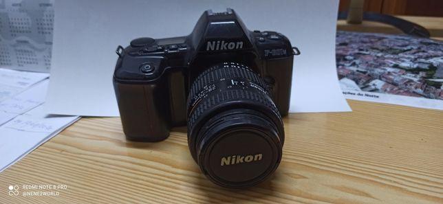 Nikon  analógica f601 m lente 28-70