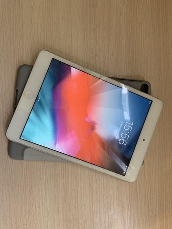 Apple iPad mini 2 16 gb A1489