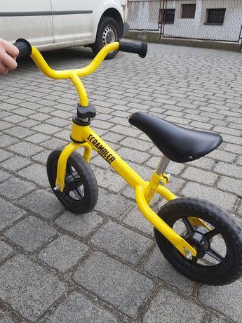 Rowerek biegowy.