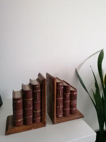 Conjunto de  segura  livros