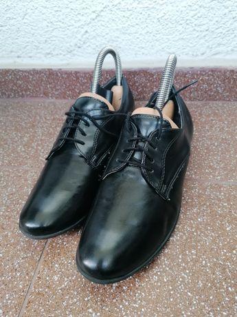 Buty garniturowe - dziecięce skórzane