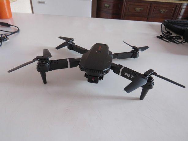 Vendo Drone NOVO duas camaras Pro 4K HD com tres Baterias