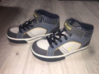 Демисезонные ботинки Walker