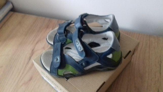 Sandały chłopięce r.28 -skórzane