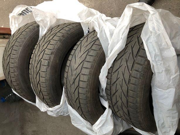 Зимние шины TOYO Snowprox S953 225 55 r16