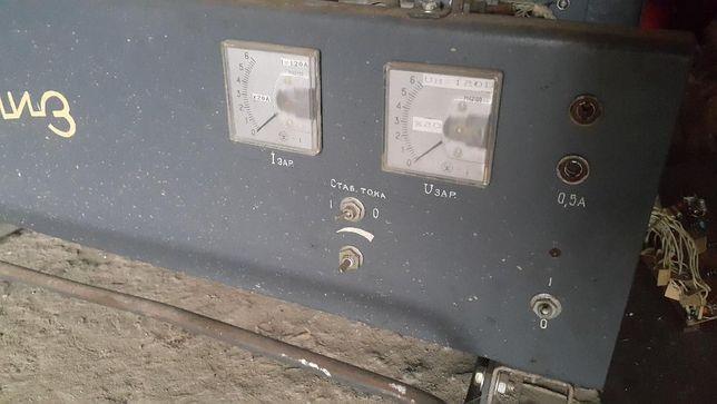 Продам зарядно-пусковое устройство для погрузчиков