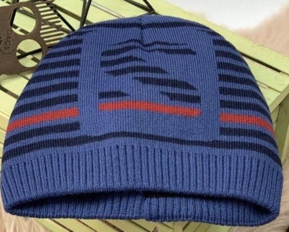 Трикотажная шапка для мальчика 5-10 лет