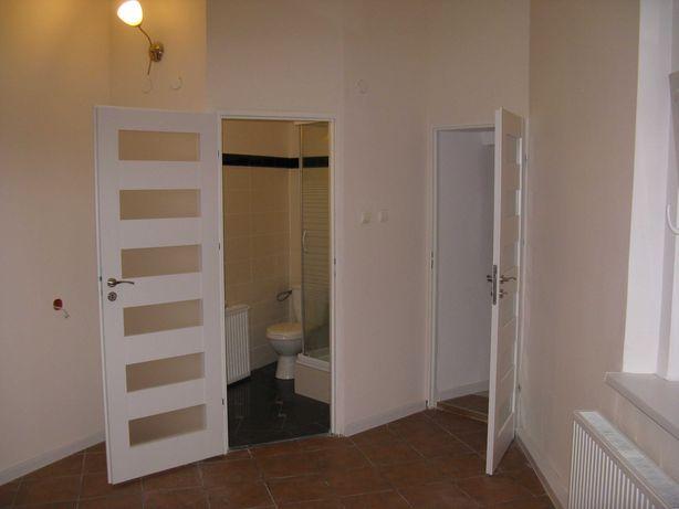 Bezczynszowe mieszkanie   Blisko Solanek. 1 piętro.Super cena.