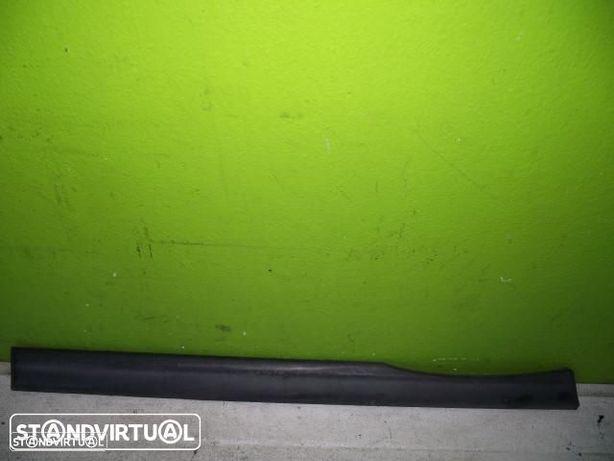 PEÇAS AUTO - VÁRIAS - Citroen Saxo - Friso da Porta Direita - FRIS23