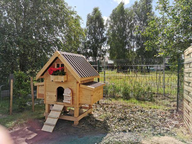 Kurnik dla kur +ogrodzenie