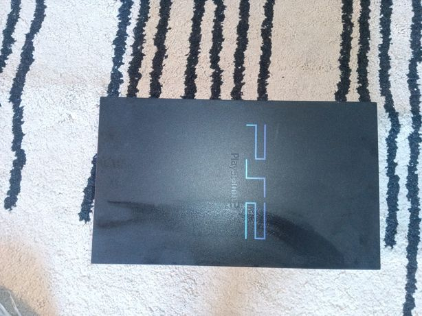 PlayStation 2 muito bem conservada